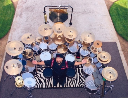 Dream Theater Has Managed To Turn The Departure Of Original Member Mike Portnoy Into A True Publicity Magnet.